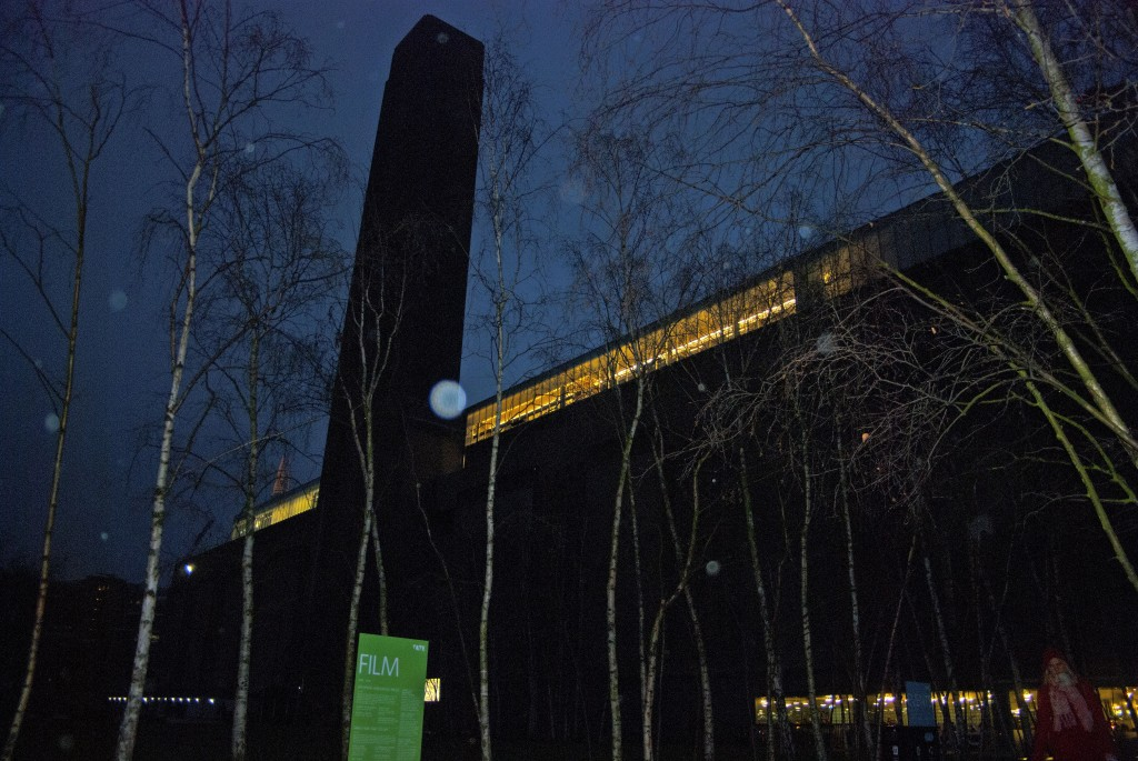My Sunday Photo: Tate Modern by Night
