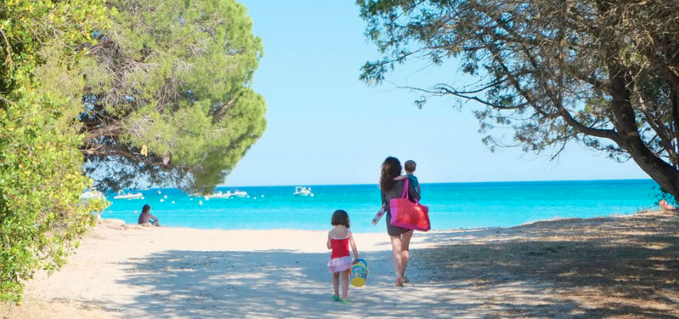 Why We Should Be Simpson Travel Family Holiday Ambassador?