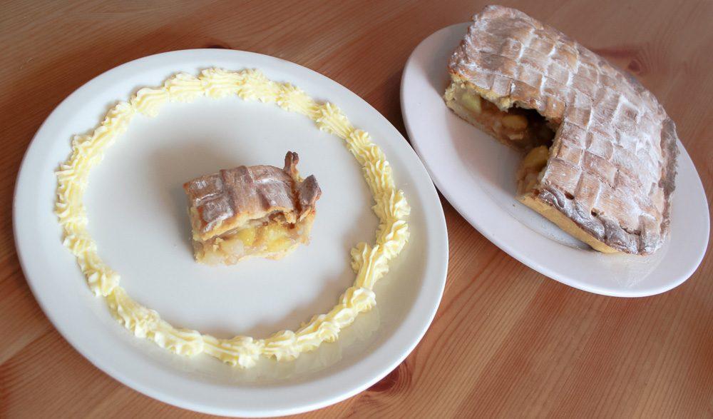 Spiced Apple & Pear Pie – No Eggs Recipe